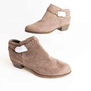 NEW Life Stride Short Ankle Booties / Boots